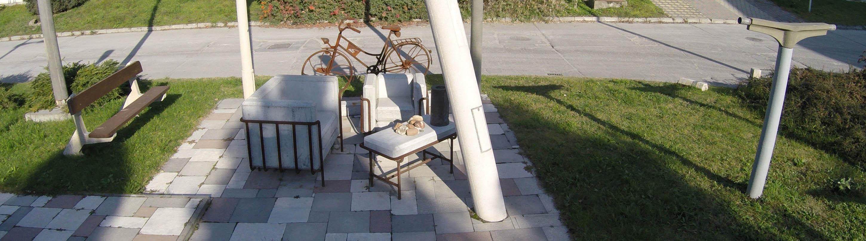 10000/2003/formabonto-fotelek-betonbol.jpg